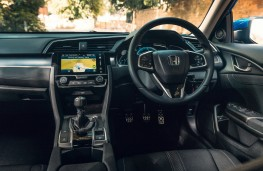 Honda Civic 4-Door, dashboard