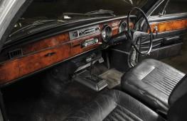 1971 Viscount interior