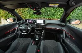 Peugeot 2008, 2019, interior