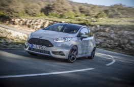 Ford Fiesta ST200, front