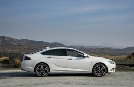 Vauxhall Insignia Grand Sport, profile