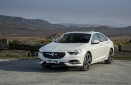 Vauxhall Insignia Grand Sport, front