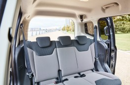 Ford Tourneo Courier, rear seats