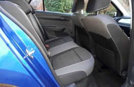 Skoda Fabia, Colour Edition, interior, rear