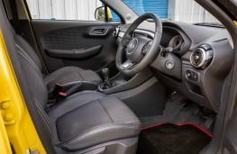 MG3, interior