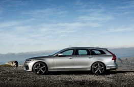 Volvo V90 R-Design, profile