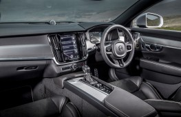 Volvo V90 R-Design, interior