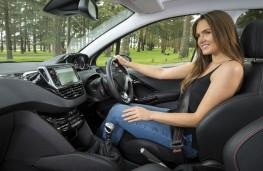 Peugeot 208, 2016, interior, woman driver