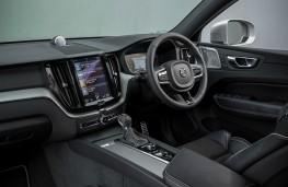 Volvo XC60 R-Design, interior