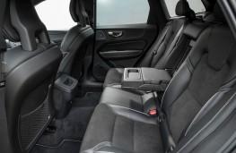 Volvo XC60 R-Design, interior, rear