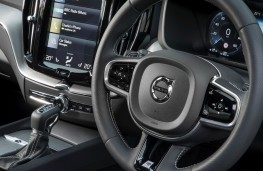Volvo XC60 R-Design, interior, detail