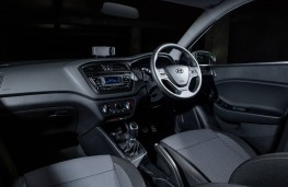Hyundai i20 Active, interior