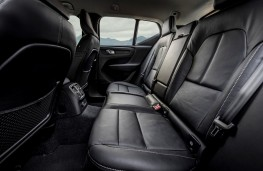 Volvo XC40 Recharge plug-in hybrid, interior, rear
