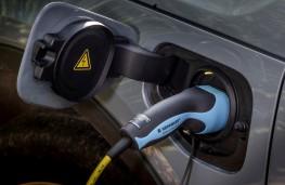 Volvo XC40 Recharge plug-in hybrid, charging