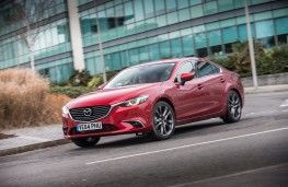 Mazda6 saloon, dynamic2
