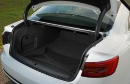Audi A4, boot
