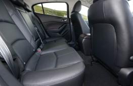 Mazda3, 2017, rear seats