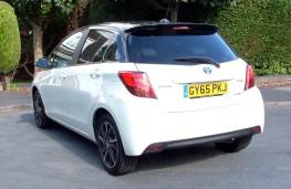 Toyota Yaris Hybrid Design, rear