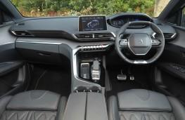 Peugeot 3008 GT Hybrid4, interior