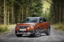 Peugeot 3008 GT, 2017, front, static