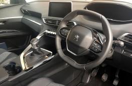Peugeot 3008, 2017, interior, manual