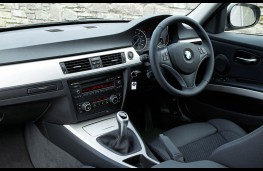 BMW 320d EfficientDynamics, interior