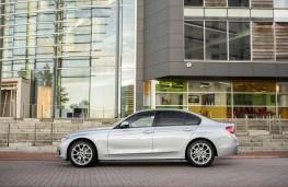 BMW 320d, 2015, side