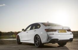 BMW 330e, 2019, rear