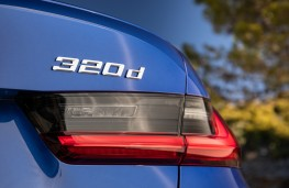 BMW 320d, 2019, badge
