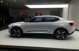 Volvo 40.2 hatchback concept, side