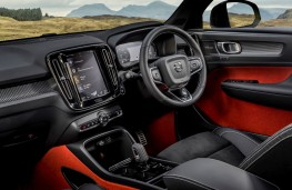Volvo XC40 Recharge, 2021, interior