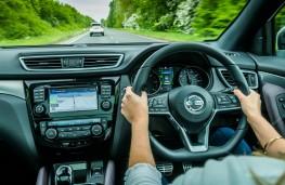 Nissan Qashqai, driving