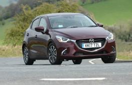 Mazda2, dynamic