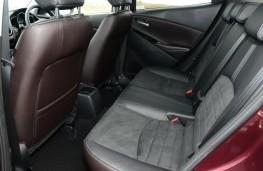 Mazda2, interior rear