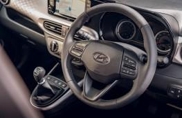 Hyundai i10, controls