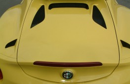 Alfa Romeo 4C Spider, engine cover