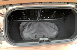 Fiat 500 EV Cabriolet Icon, 2020, boot