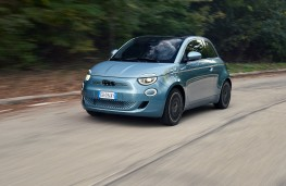 Fiat 500 cabriolet, 2020, front