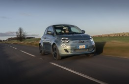 Fiat 500, 2020, front