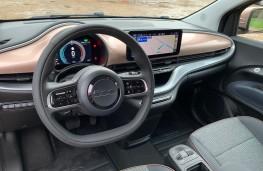 Fiat 500 EV Cabriolet Icon, 2020, interior