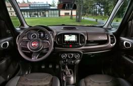 Fiat 500L Cross, 2017, interior