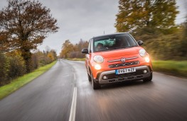 Fiat 500L Cross, 2017, nose, action