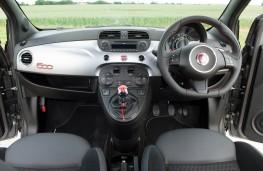 Fiat 500S, interior