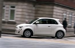 Fiat 500e, 2021, side