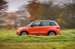 Fiat 500L Cross, 2017, side, action