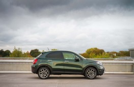 Fiat 500X, 2018, side, action