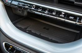 Fiat 500, 2020, Turin skyline, phone charging pad