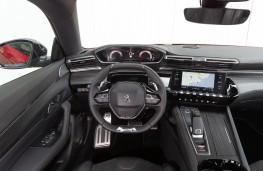 Peugeot 508, 2018, dashboard