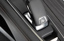 Peugeot 508 SW, 2019, gear lever