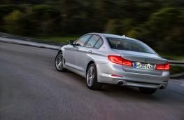 BMW 530e, 2017, rear, action
